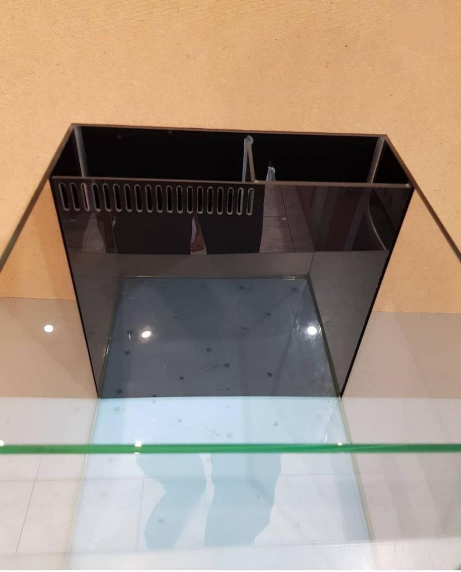 Морской нано аквариум 40 литров.
