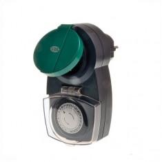 Таймер PRAKTIK механический суточный IP44 с принудительным включением и отключением на 24 часа с интрвалом 30 минут